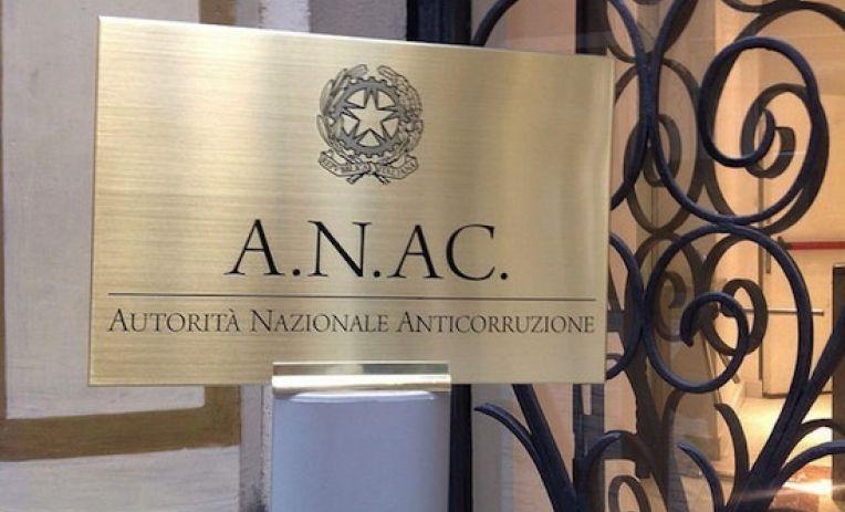 Whistleblowing : prima sanzione dell'Anac