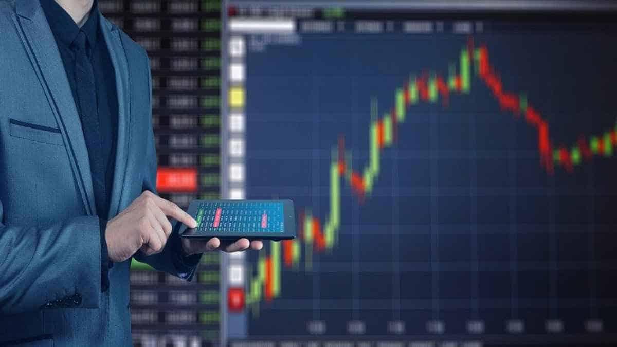 Ampliato e potenziato il Golden Power: gli obblighi di notifica per le imprese